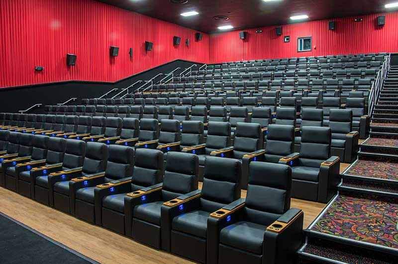 Regal Cinemas Hamburg Pavilion With Irwin Seating Spectrum